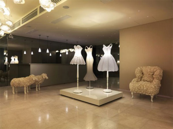 Moschino Lobby-2 - commercial wallcoverings