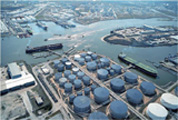 CRAKGON prevents paint from peeling at an oil tank farm