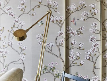 China Classic Collection Wild Magnolia Bush Rome Bedroom detail